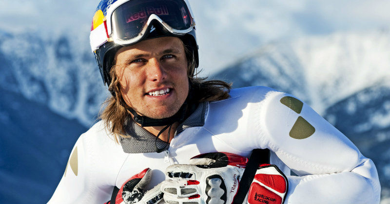 jon olsson i tv-serien life upside down i kanal 5 play