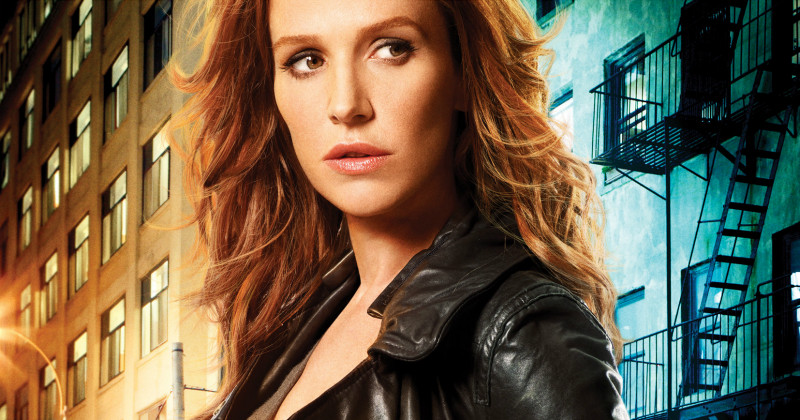 Carrie Wells i kriminalserien Unforgettable i TV3 Play