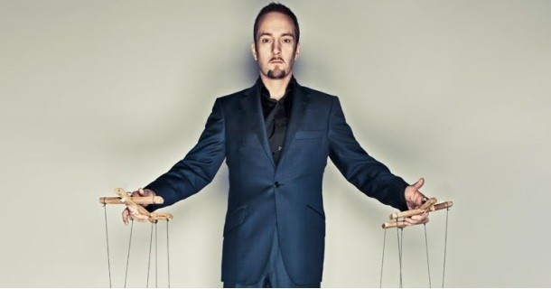 "Derren Brown i ""Derren Brown: The Experience"" i Kanal 5 Play"