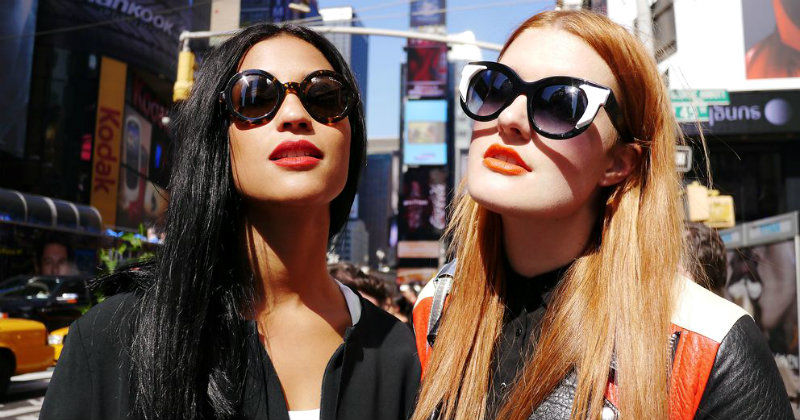 Icona Pop i musikserien Popkorn i SVT Play