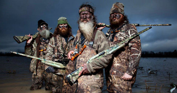 "Si, Jase, Phil och Willie i serien ""Duck Dynasty"" i Kanal 9 Play"