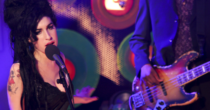 Amy Winehouse i konserten i Dingle i SVT Play