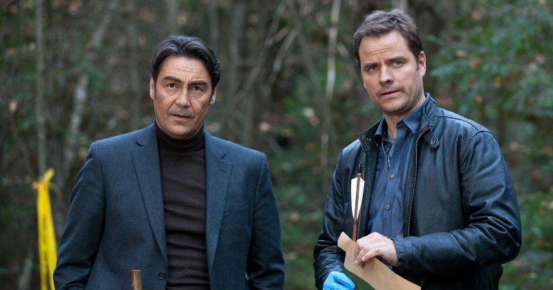 "Skådespelare i thrillerna ""Still Life: A Three Pines Mystery"" i TV8 Play"