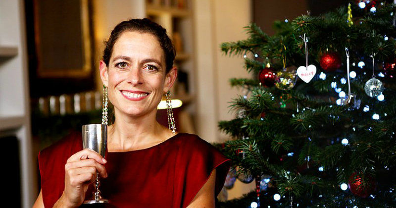 Alex Polizzi: Christmas Special i TV8 Play