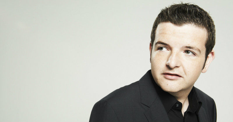 "Kevin Bridges i humorföreställningen ""Kevin Bridges: The Story So Far"" i TV4 Play"