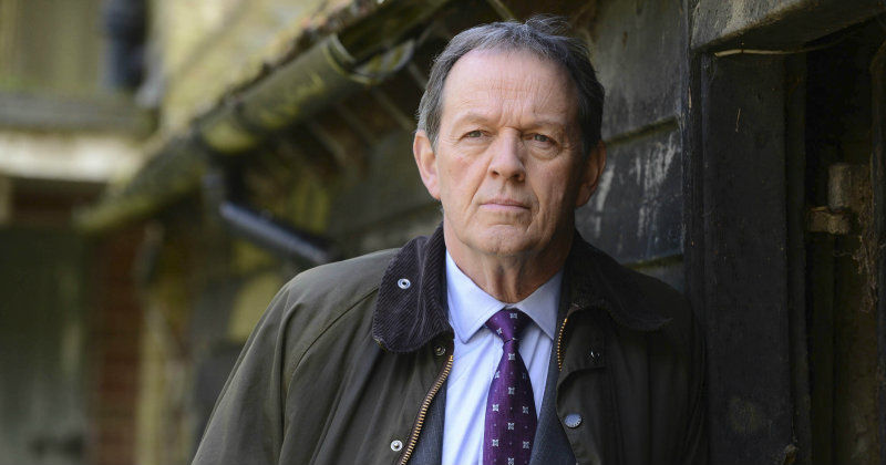 Kevin Whately som kommissarie Lewis i Kanal 5 Play