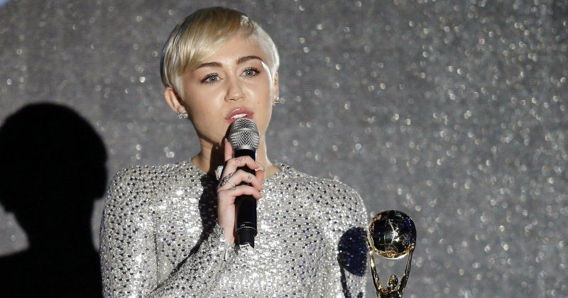 "Miley Cyrus i ""World Music Awards 2014"" i TV3 Play"