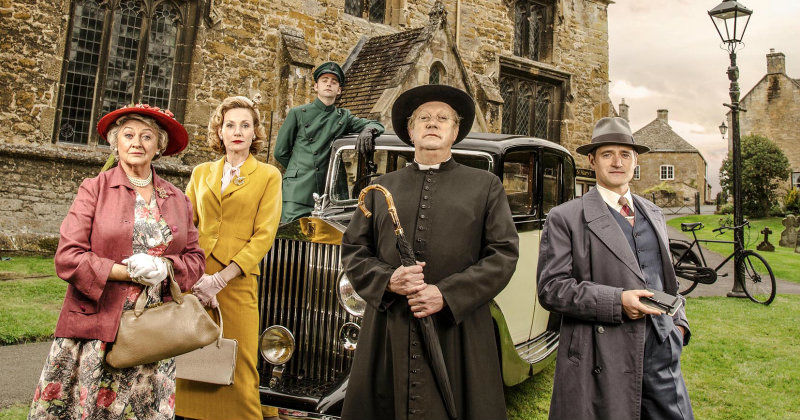 Skådespelare i Father Brown i TV8 Play