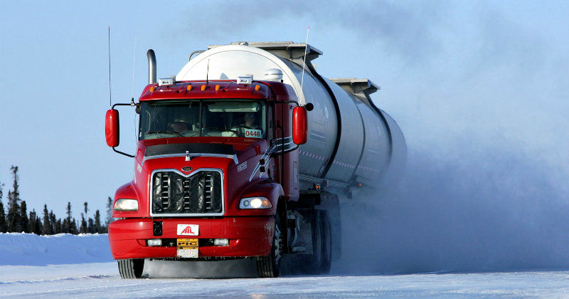 "Lastbil i serien ""Ice Road Truckers"" i TV4 Play"