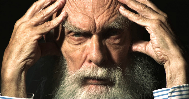 "Magikern James ""The Amazing"" Randi i dokumentären ""An Honest Liar"" i SVT Play"