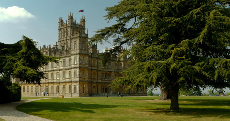 Highclere Castle i Verklighetens Downton Abbey i SVT Play