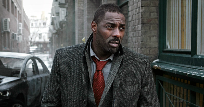 Idris Elba i kriminalserien Luther i SVT Play