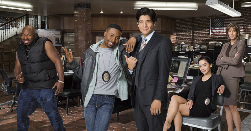Skådespelare i Rush Hour, komediserie i TV4 Play