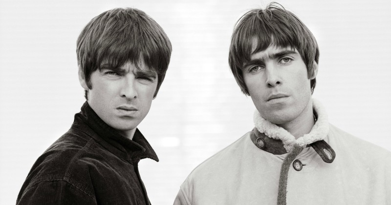 "Noel och Liam Gallagher i dokumentären ""Oasis: Supersonic"" i SVT Play"