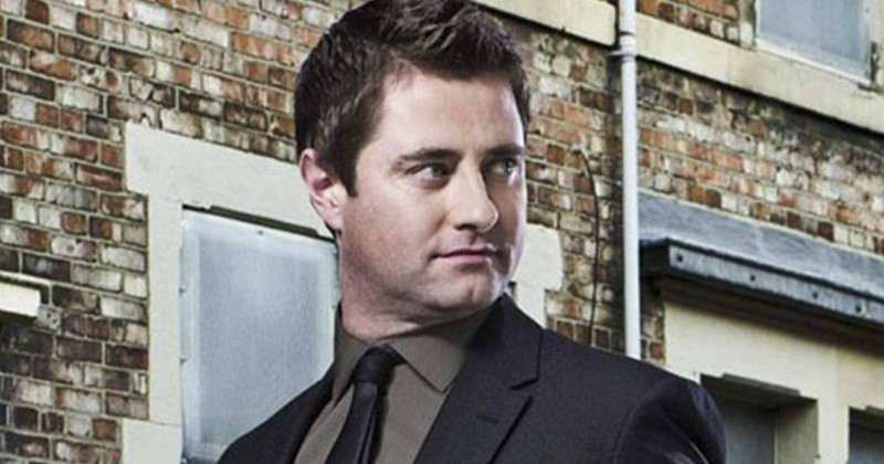 Programledare i George Clarke's Old House, New Home på TV8 Play