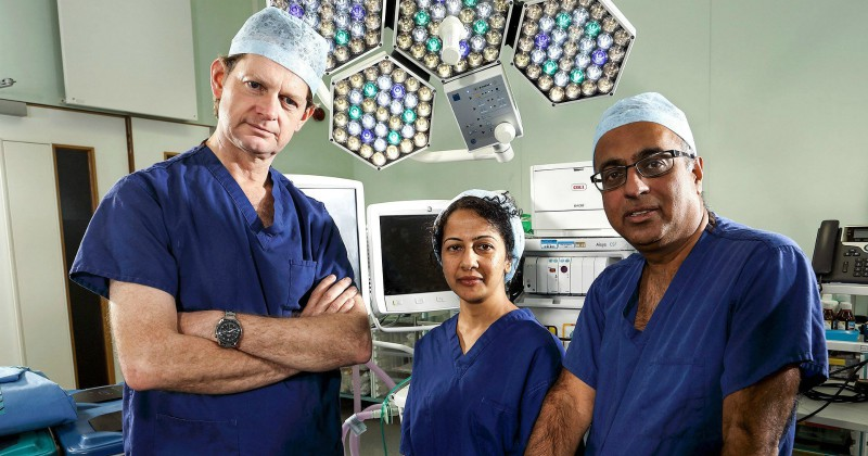 Surgeons: At the Edge of Life på TV4 Play