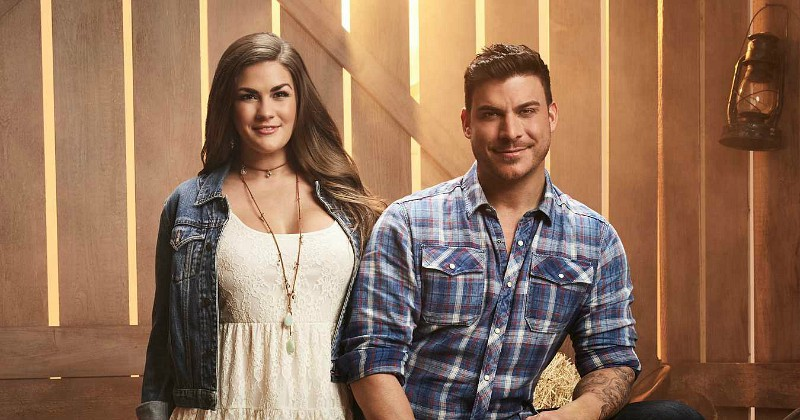 Medverkande Vanderpump Rules: Jax and Brittany Take Kentucky på Viafree