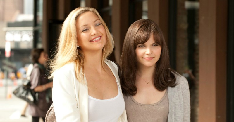 Kate Hudson och Ginnifer Goodwin i Something Borrowed på TV3 Play Viafree
